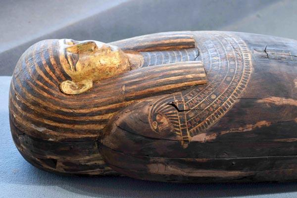 Descubren Más De 100 Sarcófagos En Egipto
