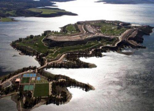 Comienza La Demolición Autorizada Por El TSJEx De La Isla Valdecañas